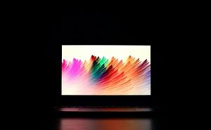 カラーが映えるパソコン